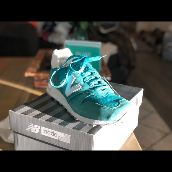 bibliotecario consola Barbero  New Balance Shoes | Green 1300 Made In Usa Sneakers Nwt | Poshmark